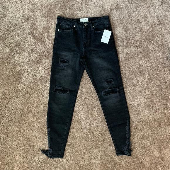 Free People Denim - Free People Black Distressed Skinny Jeans BNWT